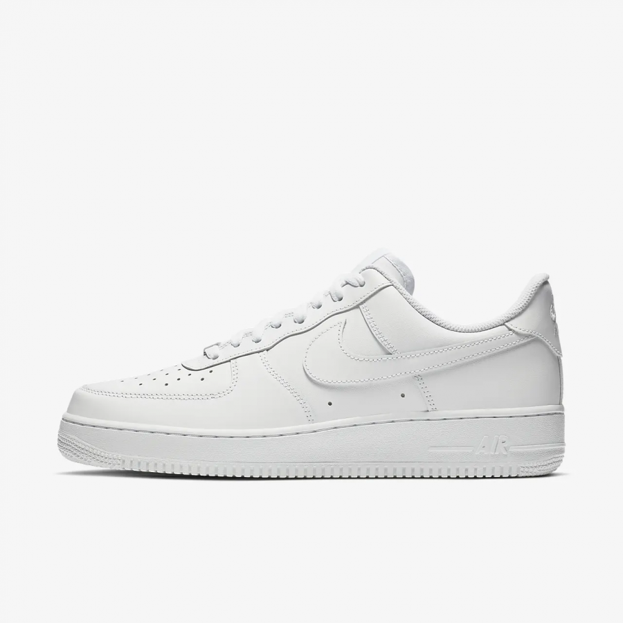 Review on Nike Air Force 1 '07